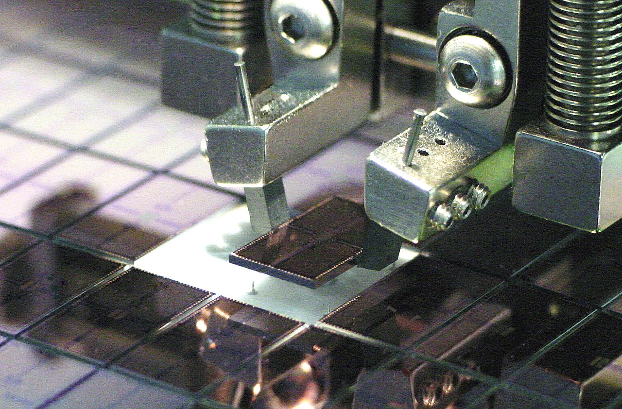 Royce Instruments, flip chip