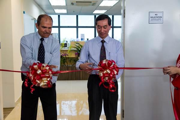 Palomar Technologies opening Ribbon Cutting