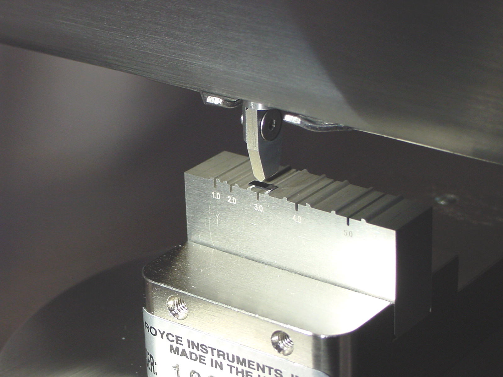 Die Strength Three Point Bend Test on Royce 650