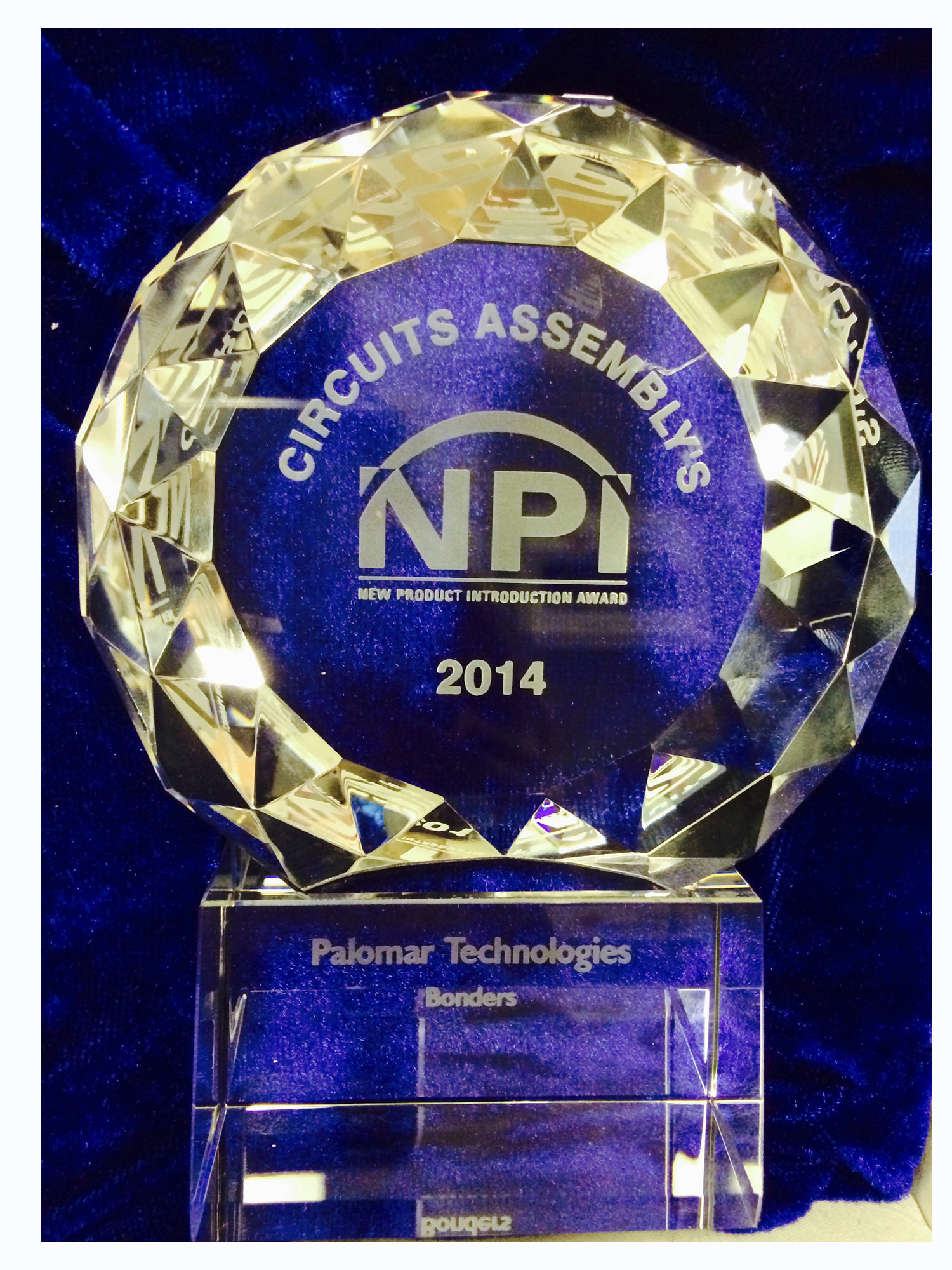 8000i Wire Bonder NPI award, Circuit Assembly, New Product Introduction