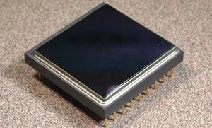 med-web-un-cooled-microbolometer-a.jpg